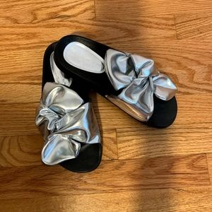 Zara Metallic Silver Large Knot Slide Sandals Sz 7
